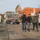 Deelnemers aan de wandeltocht van de Merenloop in Grou.