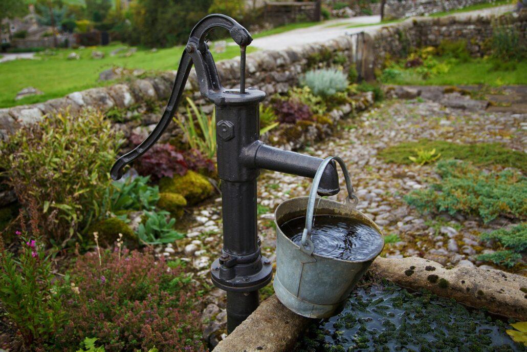 Waterpomp voor de tuin.