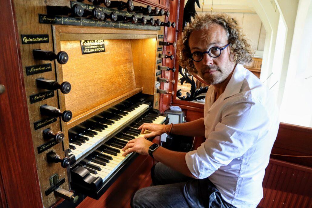 Organist Sint Pitertsjerke Carl Visser