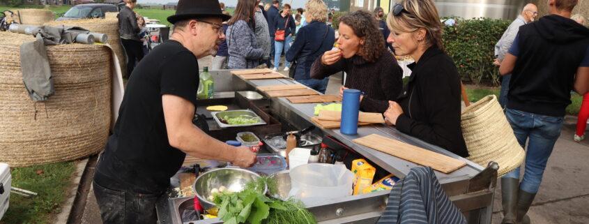 Markt met lokale producten Grou maakt naar meer. Foto: Press4All