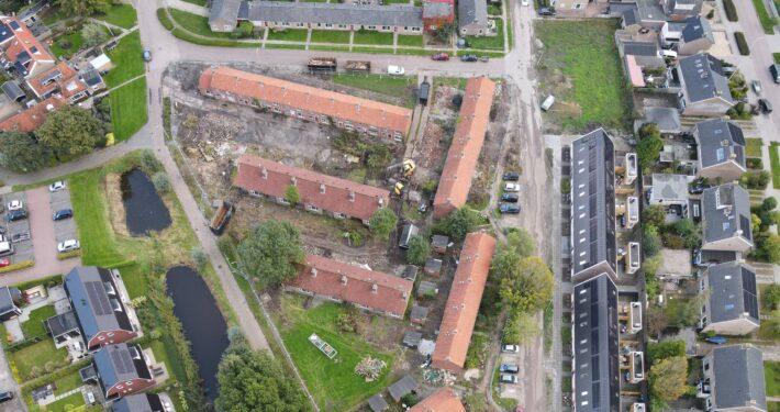 Dronefoto van de Nijdjipstrjitte in Grou